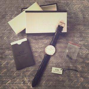 NWT Daniel Wellington Classic York watch